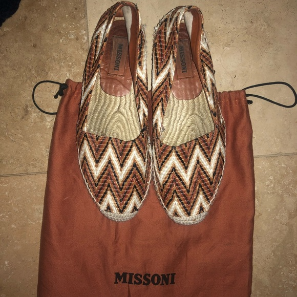 Missoni Shoes - Missoni size 38 slide on sneakers classic pattern